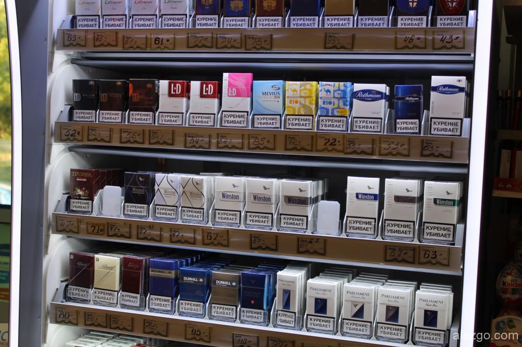 торговый стеллаж для сигарет