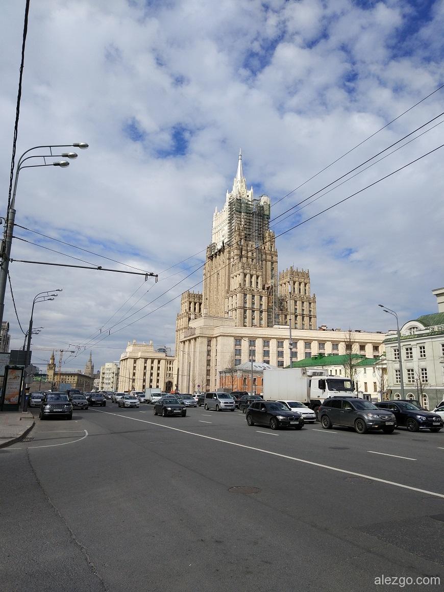 сталинская высотка, реставрация мид, высотка мид, здание мид