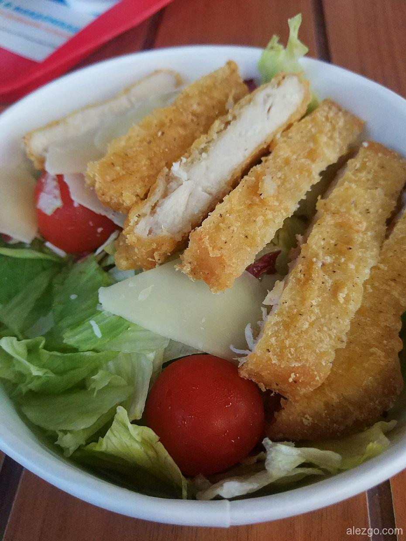 макдак цезарь салат