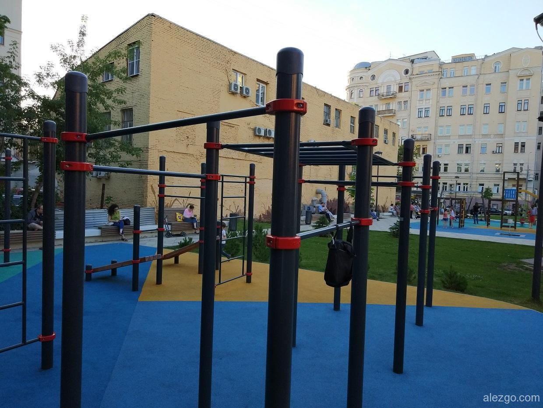 спортивные площадки в москве