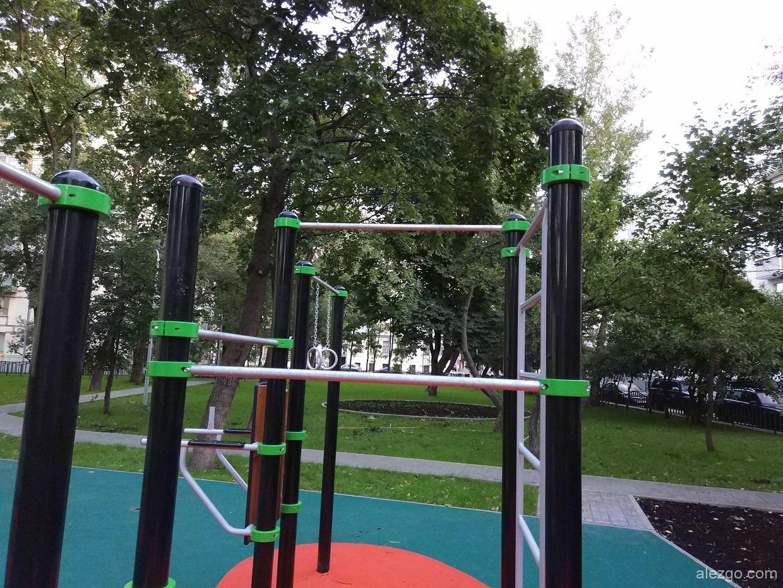 спортивные площадки устанавливают во дворах