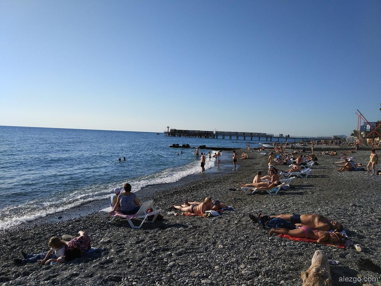 Названия пляжей адлера фото