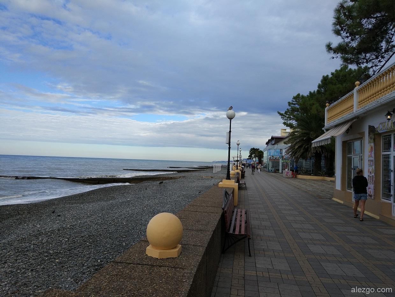 Пляжи адлера фото с описанием
