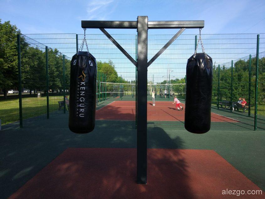 боксерские груши в парке Борисово